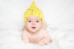 Förtjusande nyfött behandla som ett barn Royaltyfri Foto