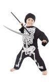 förtjusande pojke förklädda halloween arkivfoton
