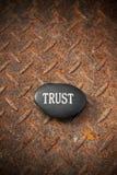 Förtroende vaggar Rusty Background royaltyfri fotografi
