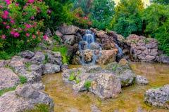Förtrollande vattenfall Arkivbilder