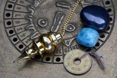 Förutsäga framtiden till och med astrologi royaltyfria bilder