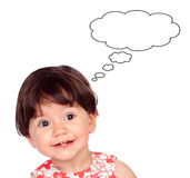 Förvånat behandla som ett barn flickan med endast fyra tänder som tänker något royaltyfri illustrationer