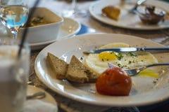 förvanskad white för bakgrundsägg omelett Royaltyfri Bild