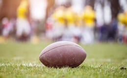 Fútbol americano - bola fotografía de archivo libre de regalías