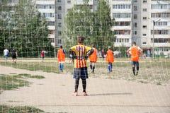 Fútbol de la calle en Rusia Imagen de archivo