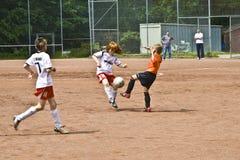 Fútbol de los niños Imágenes de archivo libres de regalías