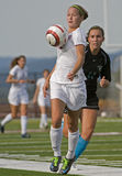 Fútbol del HS de las muchachas Imagenes de archivo