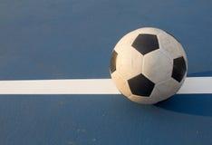 Fútbol en la línea Imagenes de archivo