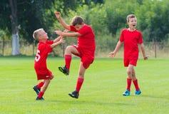 Fútbol Team Celebrating imagen de archivo