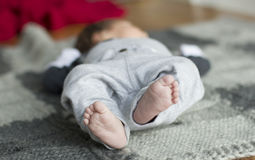 Füße der Kinder Stockfoto