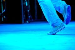 Füße eines Duos der Hip-Hop-Ausführender Lizenzfreie Stockbilder