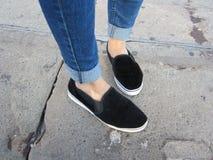 Füße Richtungs-Straßen- Lizenzfreie Stockbilder