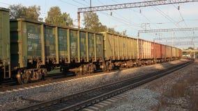 Führen des Güterzugs Station von Sharya, Nordeisenbahn stock video footage