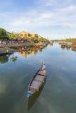 Führer bei Thu Bon River, Hoi An, Vietnam Stockbild