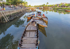Führer bei Thu Bon River, Hoi An, Vietnam Stockbilder
