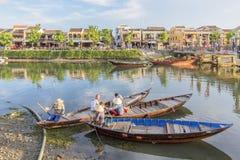 Führer bei Thu Bon River, Hoi An, Vietnam Lizenzfreies Stockbild