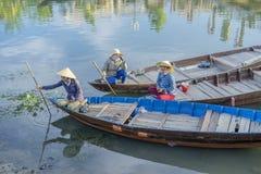 Führer bei Thu Bon River, Hoi An, Vietnam Stockfotografie