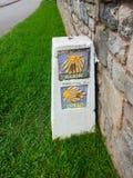 Führer-Felsen zur Abteilung von Camino de Norte u. von Camino de Primit stockbilder