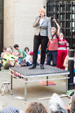 Führer Grüner Partei Natalie Bennetts D spricht mit den Protestierendern herein lizenzfreies stockfoto