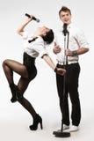 Führt Duo-Gesangmikrofon durch lizenzfreies stockbild