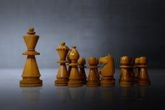 Führungskonzept mit Schachfiguren stockfoto