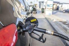 Füllen herauf Diesel am Selbstservice tation lizenzfreie stockfotos