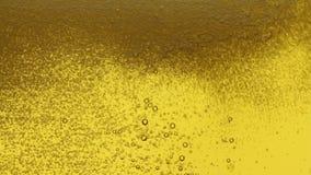 Füllendes Bier stock footage