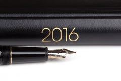 Füllfederhalter und Notizbuch 2016 Lizenzfreies Stockfoto