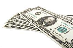 Fünf Banknoten von hundert Dollar auf Weiß Stockfotografie