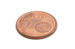 Fünf-Eurocent-Münze lokalisiert auf weißem Hintergrund Lizenzfreies Stockfoto