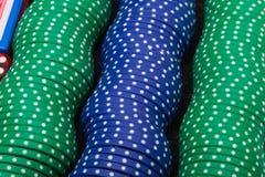 Fünf farbige Schürhaken-Chips Stockfoto