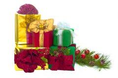 Fünf Feiertags-Geschenk-Pakete Lizenzfreie Stockfotografie