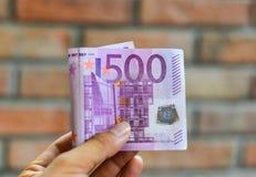 Fünf Hunderte 500 Eurobanknoten Lizenzfreie Stockfotografie