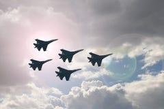 Fünf Kampfflugzeuge Lizenzfreie Stockfotos