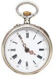 Fünf Minuten zu vier Uhr auf Retro- Uhr der Skala Stockbilder
