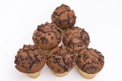 Fünf Schokoladen-Muffins Stockfotos