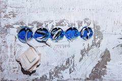Fünf Sockel bei der Befestigung ohne eine Abdeckung Während der Reparatur öffnen Sie die Drähte Europäischer Ausgang ohne Abdecku stockbilder