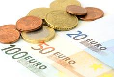 Fünf, 10 und fünfzig Eurobanknoten Stockbilder