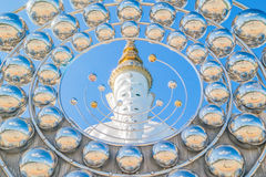 Fünf Weiß Buddha-Statue Stockfoto
