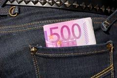 Fünfhundert Euroanmerkungen in der Tasche Lizenzfreies Stockbild