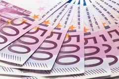Fünfhundert Eurobanknoten Stockfotografie