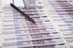 Fünfhundert Eurorechnungen Stockfoto