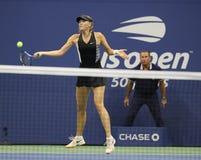 Fünfmal Grand Slam-Meister Maria Sharapova von Russland in der Aktion während ihrer US Open-Runde 2018 von Match 32 stockfotos