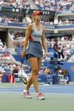 Fünfmal Grand Slam-Meister Mariya Sharapova während des dritten Rundenmatches an US Open 2014 gegen Caroline Wozniacki Lizenzfreie Stockfotos