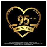 Fünfundneunzig Jahre Jahrestag golden Jahrestagsschablonenentwurf für Netz, Spiel, kreatives Plakat, Broschüre, Broschüre, Fliege lizenzfreie abbildung