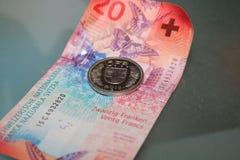 Fünfundzwanzig Schweizer Franken schließen oben Stockbild