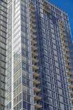 Fünfundzwanzigster Stock auf neuem Glasturm Lizenzfreie Stockfotografie