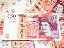 Fünfzig Pfund Briten-Banknoten Stockfotografie