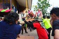 Für Parade ist die Tradition grausamer Klassifikationszeremonie Naga Stockbilder