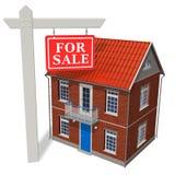 ?Für Verkauf? Zeichen vor neuem Haus Lizenzfreie Stockfotos